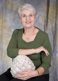 Judy H. Wright aka Auntie Artichoke, pet grief coach, loss of a pet, pet loss, death of a pet, Montana, loss of a dog, death of a beloved pet, do pets go to heaven, love pets, pet quotes, pet stories,